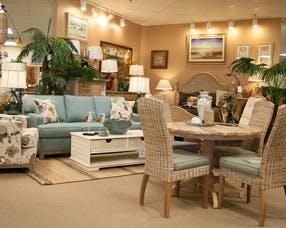 Nice Pamaro Shop Furniture