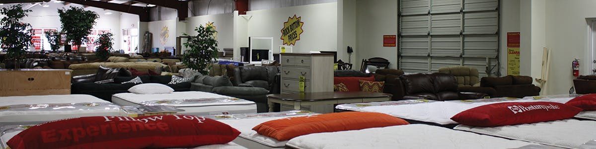 D Noblin Clearance Center | D Noblin Furniture | Pearl, MS, 39208
