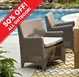 Charmant Outdoor Chairs