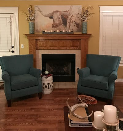I Absolutely Love The King Hickory Julianna Sofa And The Craftmaster Chairs  I Ordered From You Back In November. They Look Lovely In Our Home.