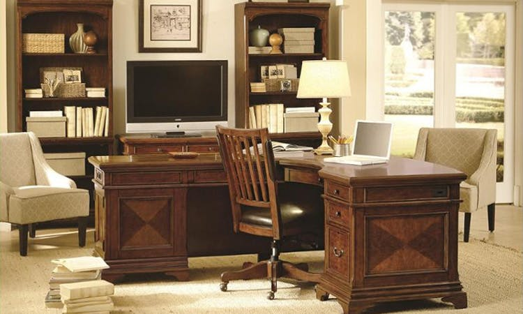Russell's Fine Furniture | Amish | Sofas, Chairs, Mattresses