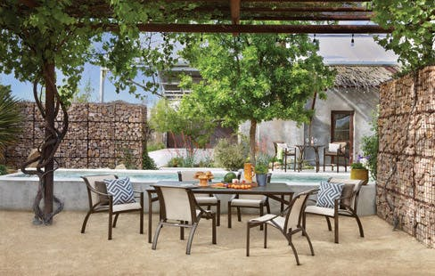 OUTDOOR DINING. FIREPLACE